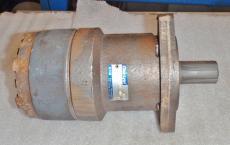 Char-Lynn 103 1079 008 Hydraulic Motor